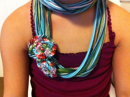 DIY t shirt scarf