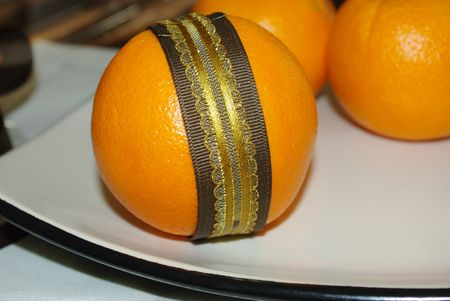 Orange pomander how to