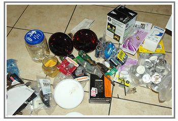 De clutter utility cabinet